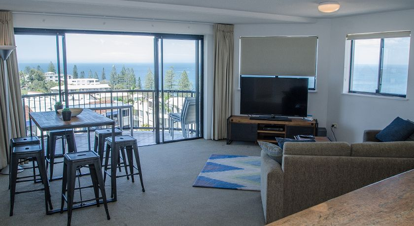 Kings Beach Caloundra Holiday Apartments Lounge